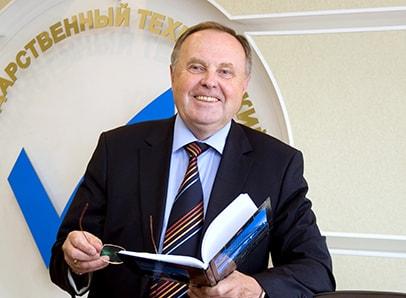 Описание: Ректор ПГТУ Е.М. Романов